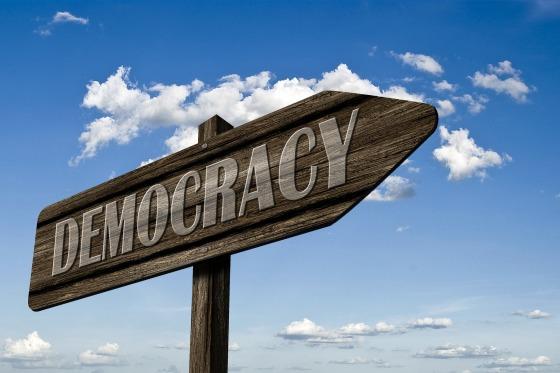 demokratie-1536654_1920 (2)Gerd Altmann